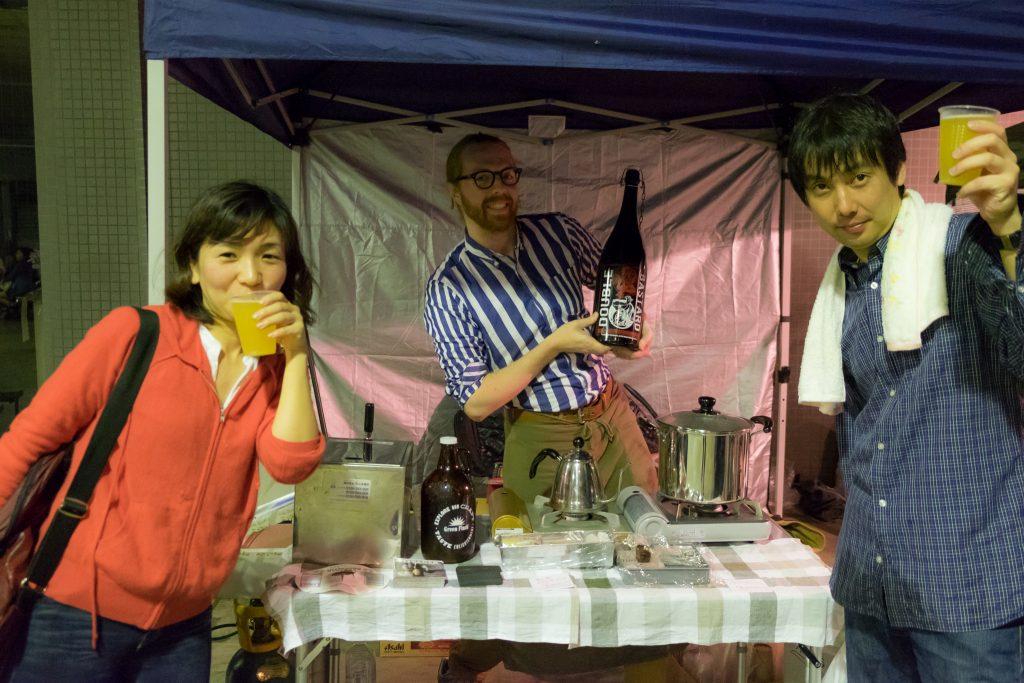 ボイジャー・ジェイソンさんと熊本市中央区役所職員
